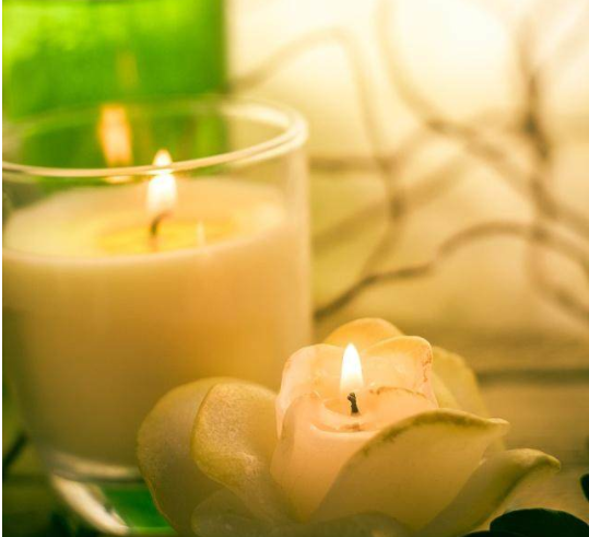 Scented candles - together to enhance our happiness